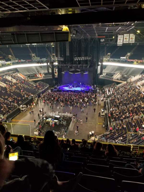 Talking Stick Resort Arena, section: 210, rangée: 12, siège: 5