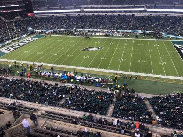 Lincoln Financial Field, section: 227, rangée: 1