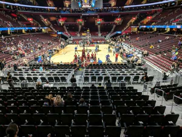Quicken Loans Arena, section: 117, rangée: 13, siège: 13