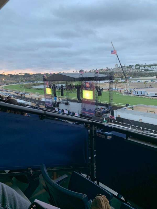 The Corona Grandstand Stage at the Del Mar Fairgrounds, section: Level 4, rangée: Box 15K, siège: 1