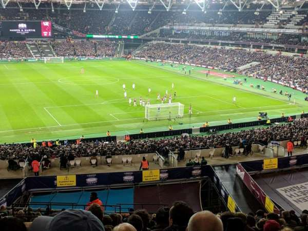 London Stadium, section: 247, rangée: 53, siège: 79