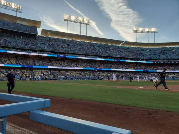 Dodger Stadium, section: 26BL, rangée: 1, siège: 1