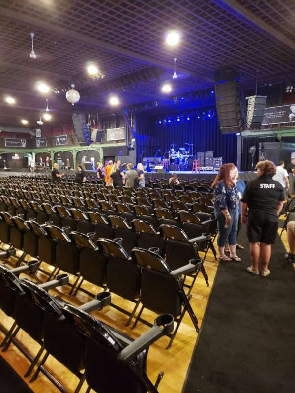 Hampton Beach Casino Ballroom, section: Center Right Section 1, rangée: LL, siège: 22