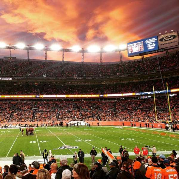 Empower Field at Mile High Stadium, section: 122, rangée: 14, siège: 3