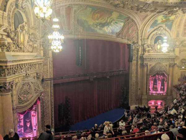 Chicago Theatre, section: Balcony Box 6, siège: 47and49