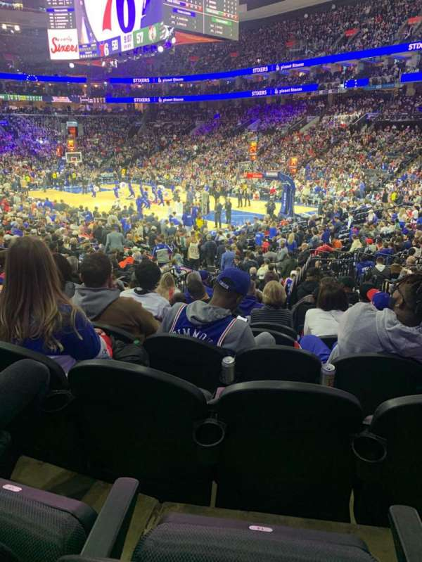 Wells Fargo Center, section: 104, rangée: 15, siège: 15