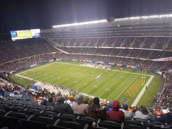 Soldier Field, section: 431, rangée: 12, siège: 14-16