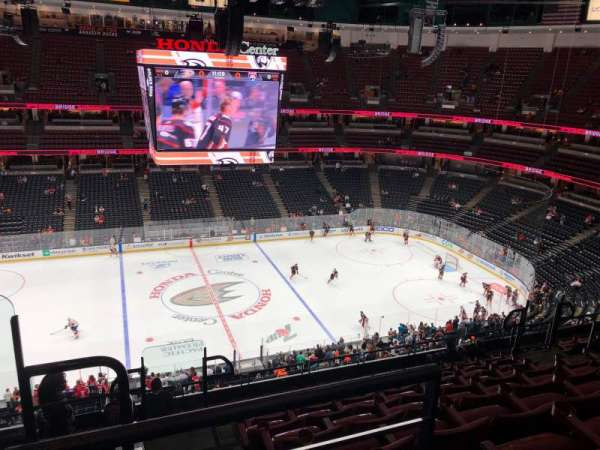 Honda Center, section: 412, rangée: K, siège: 14