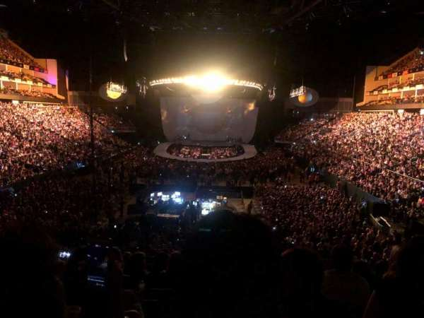 The O2 Arena, section: 107, rangée: Y