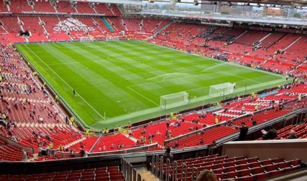Old Trafford, section: NW3434, rangée: 16(front row), siège: 24