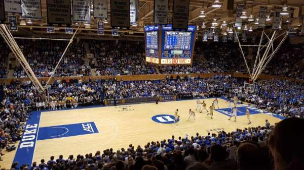 Cameron Indoor Stadium, section: 14, rangée: M, siège: 18