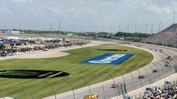 Chicagoland Speedway, section: 422, rangée: 28, siège: 5