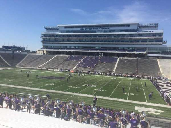 Bill Snyder Family Stadium, section: 26, rangée: 32