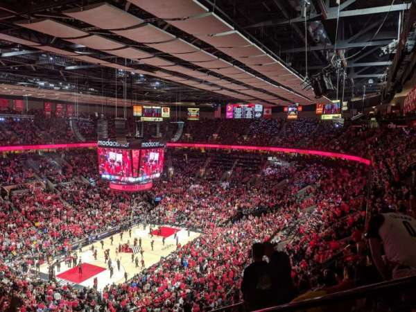 Moda Center, section: 323, rangée: K, siège: 2