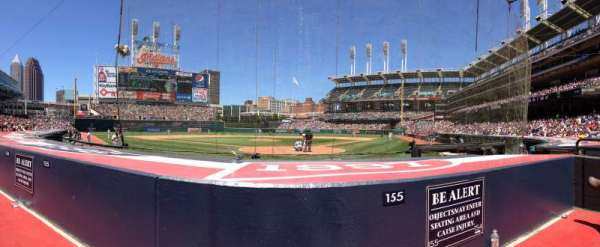 Progressive Field, section: 155, rangée: F, siège: 2