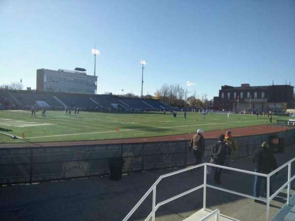 Villanova Stadium, section: NG, rangée: 3, siège: 25