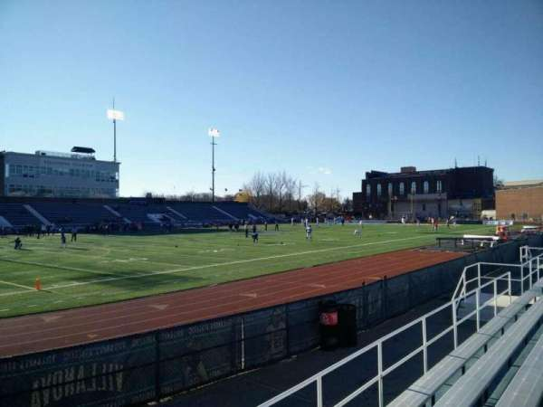 Villanova Stadium, section: NG, rangée: 4, siège: 13