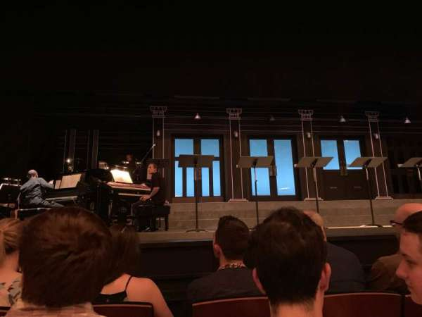 Mainstage at the New York City Center, section: Orch, rangée: CC, siège: 107