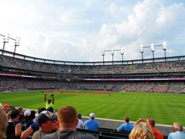 Comerica Park, section: 101