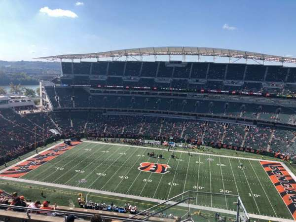 Paul Brown Stadium, section: 338, rangée: 19, siège: 1
