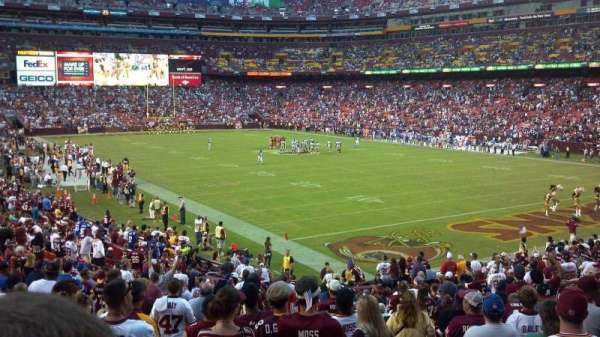 FedEx Field, section: 136, rangée: 27, siège: 1