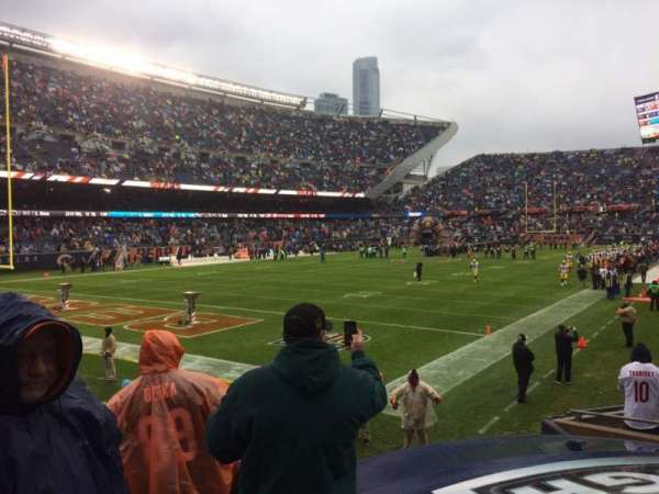 Soldier Field, section: 119, rangée: 10, siège: 9