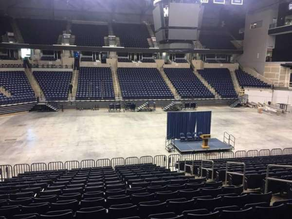 Cintas Center, section: 108, rangée: V, siège: 5
