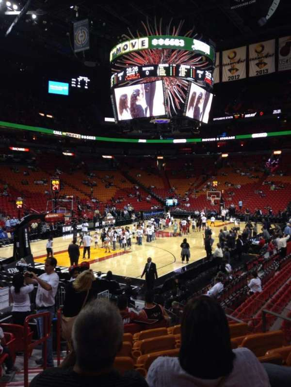 American Airlines Arena, section: 122, rangée: 17, siège: 8