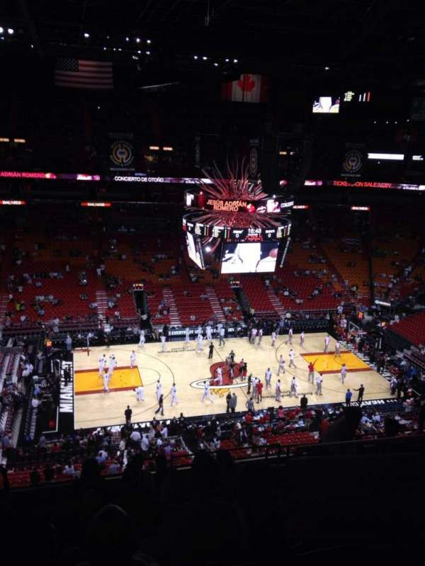 American Airlines Arena, section: 311, rangée: 10, siège: 6