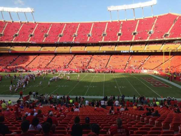 Arrowhead Stadium, section: 117, rangée: 35, siège: 8