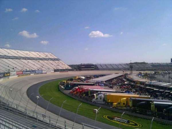 Dover International Speedway, section: 198, rangée: 9, siège: 9