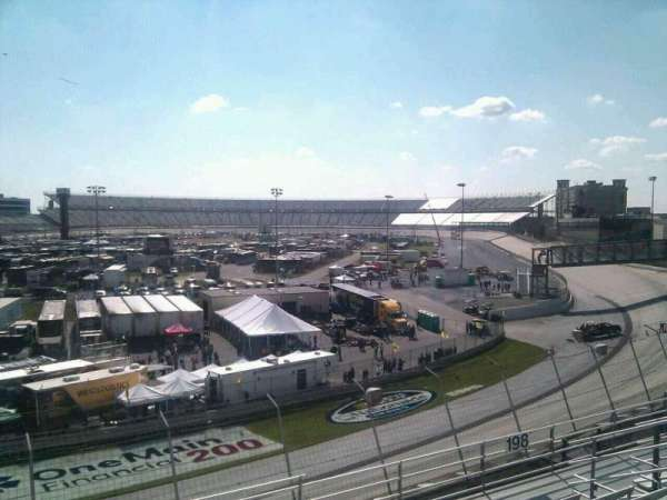 Dover International Speedway, section: 199, rangée: 9, siège: 9