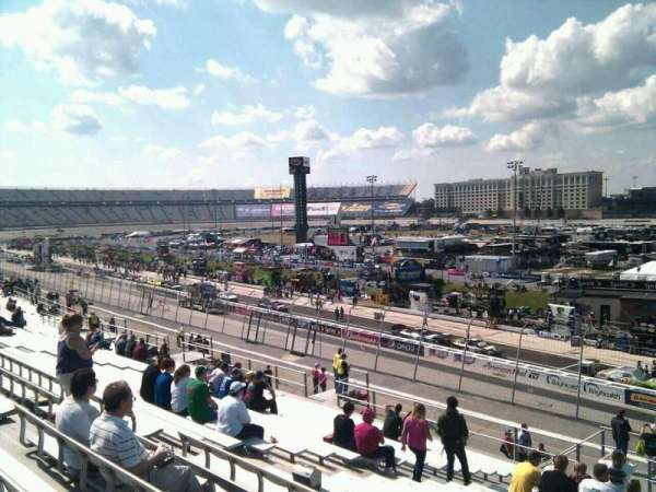 Dover International Speedway, section: 241, rangée: 30, siège: 9