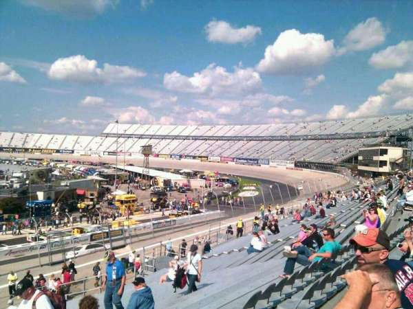 Dover International Speedway, section: 246, rangée: 30, siège: 9
