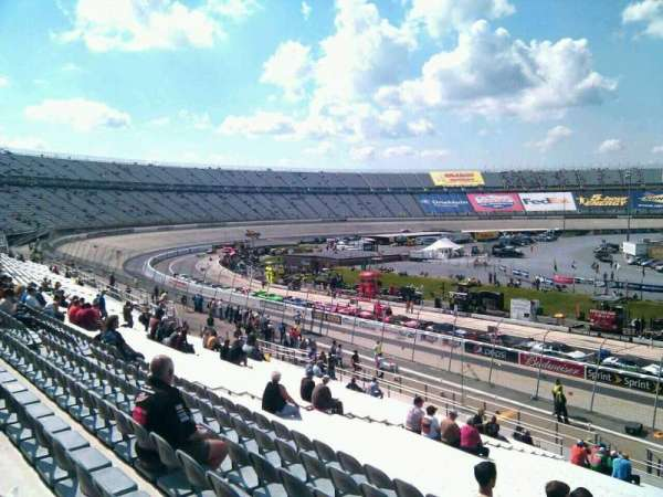 Dover International Speedway, section: 104, rangée: 30, siège: 9