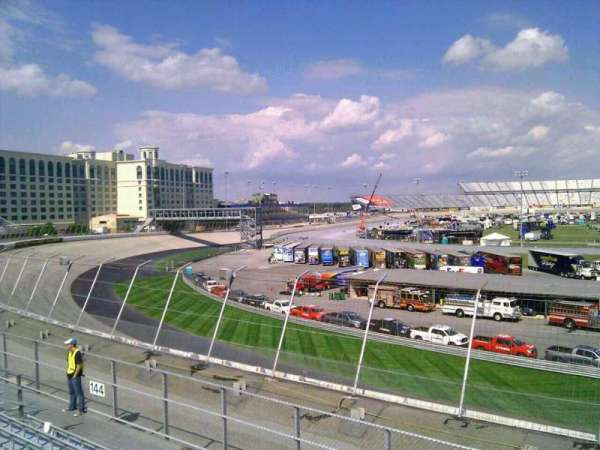 Dover International Speedway, section: 143, rangée: 14, siège: 9