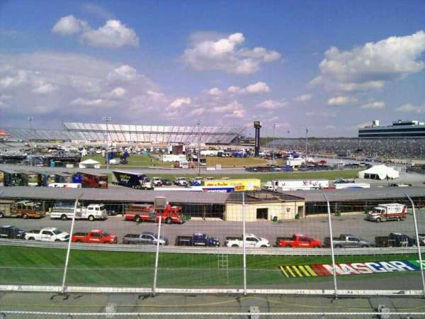 Dover International Speedway, section: 143, rangée: 30, siège: 9