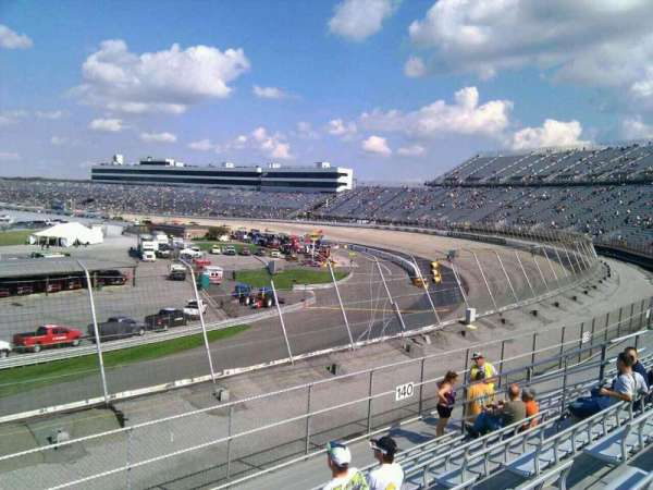 Dover International Speedway, section: 141, rangée: 14, siège: 9