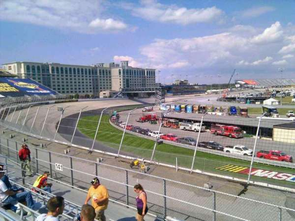 Dover International Speedway, section: 140, rangée: 14, siège: 9