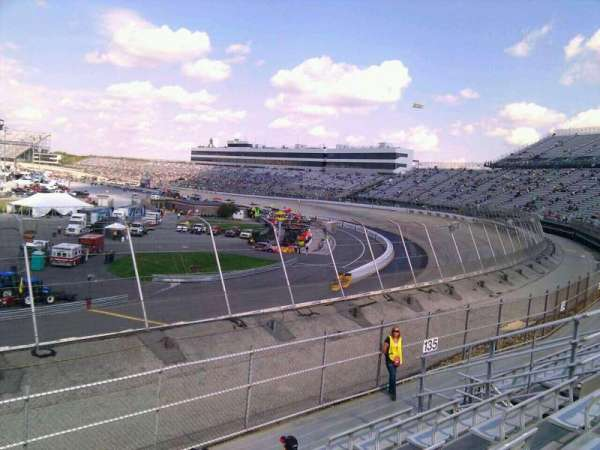 Dover International Speedway, section: 136, rangée: 14, siège: 9