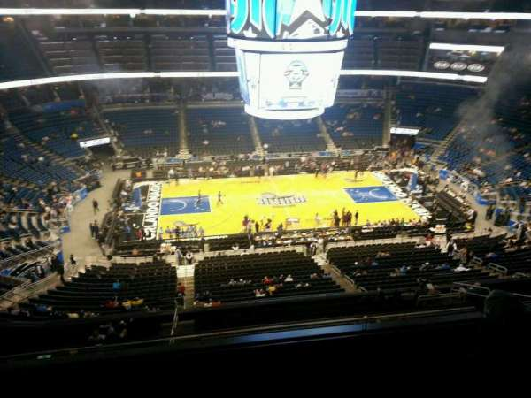 Amway Center, section: 210, rangée: 3, siège: 8