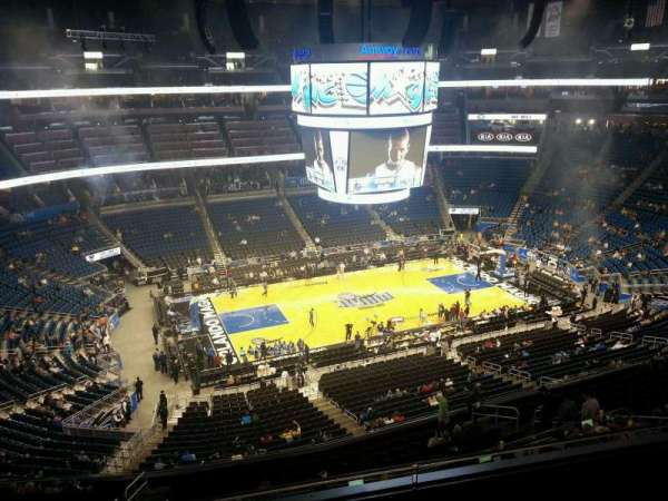 Amway Center, section: 211, rangée: 3, siège: 10