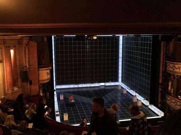 Gielgud Theatre, section: Dress Circle, rangée: H, siège: 27