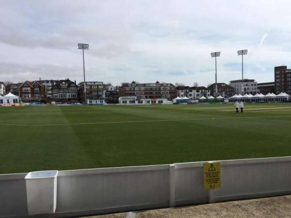 County Cricket Ground (Hove), section: Grandstand G, rangée: C, siège: 95