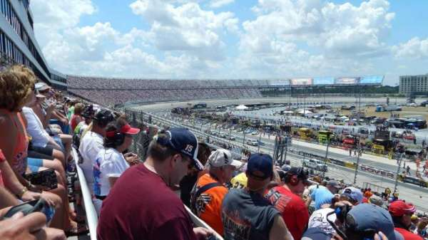 Dover International Speedway, section: 249, rangée: 42, siège: 17