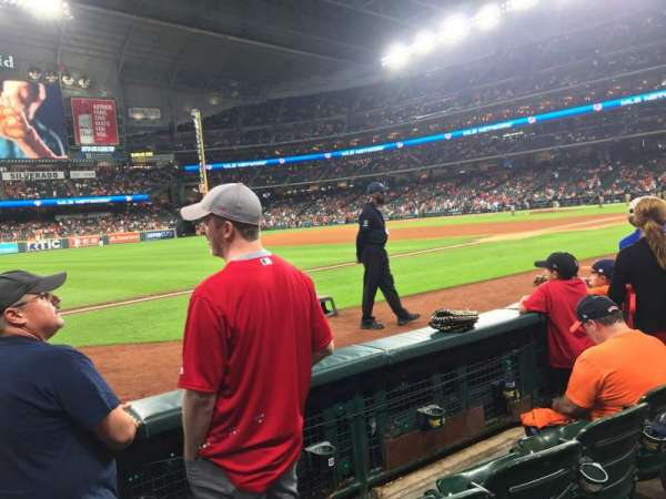 Minute Maid Park, section: 109, rangée: 3, siège: 2
