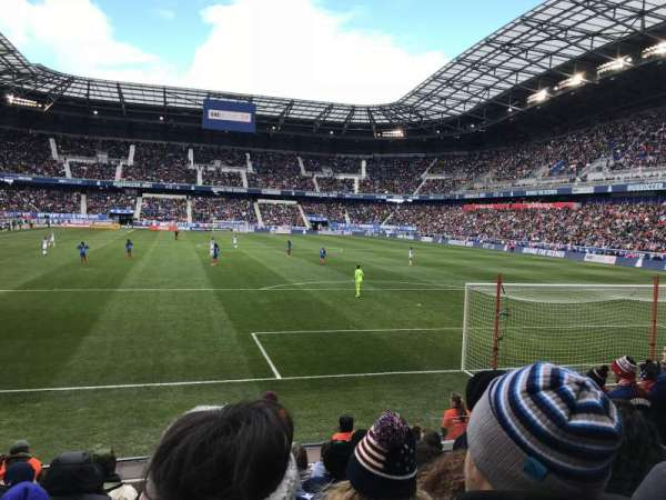 Red Bull Arena (New Jersey), section: 102, rangée: 7, siège: 6