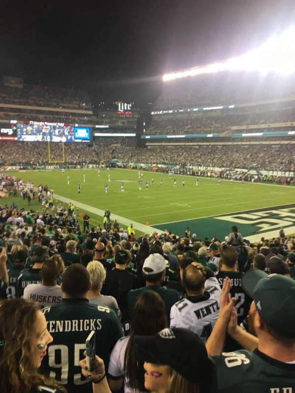 Lincoln Financial Field, section: 126, rangée: 26, siège: 9