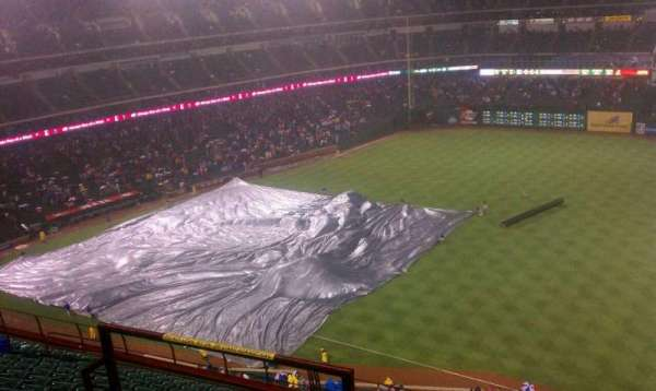 Globe Life Park in Arlington, section: 339, rangée: 14, siège: 2