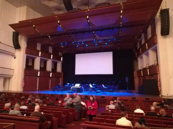 The Kennedy Center Concert Hall, section: Orchestra, rangée: Q, siège: 8
